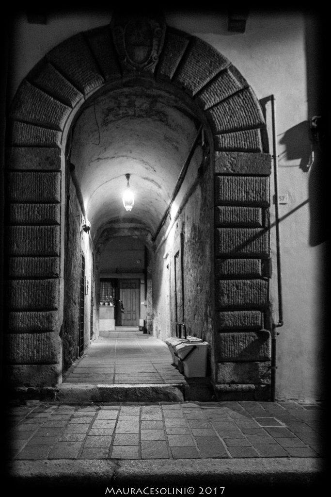 Campagnano il centro storico di notte vivi campagnano - Mercatino di campagnano ...