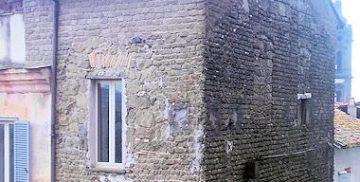Resti della Torre della Curia a Campagnano di Roma